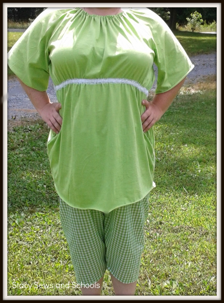 Knit Peasant Blouse and Gingham Capris Tutorial (1/6)