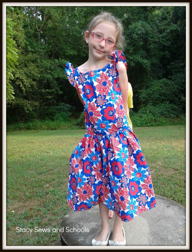 Red White and Blue Dress Tutorial and a Possessed Sewing Machine (1/6)