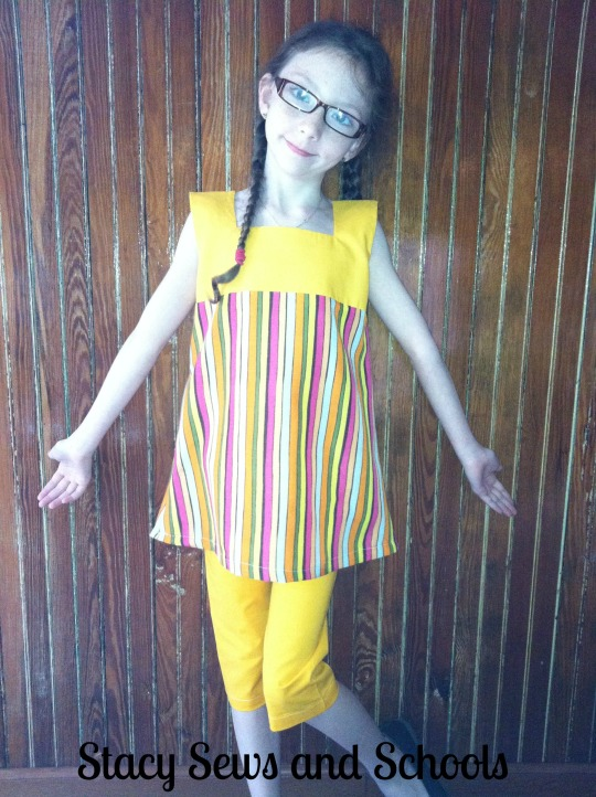 Sunshine Day Tunic and Clam Diggers 00100