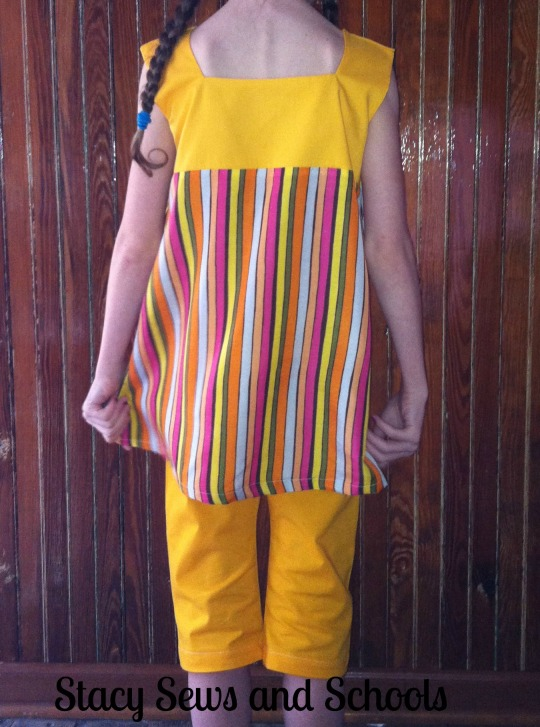 Sunshine Day Tunic and Clam Diggers 00500