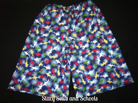 Shark shorts 002